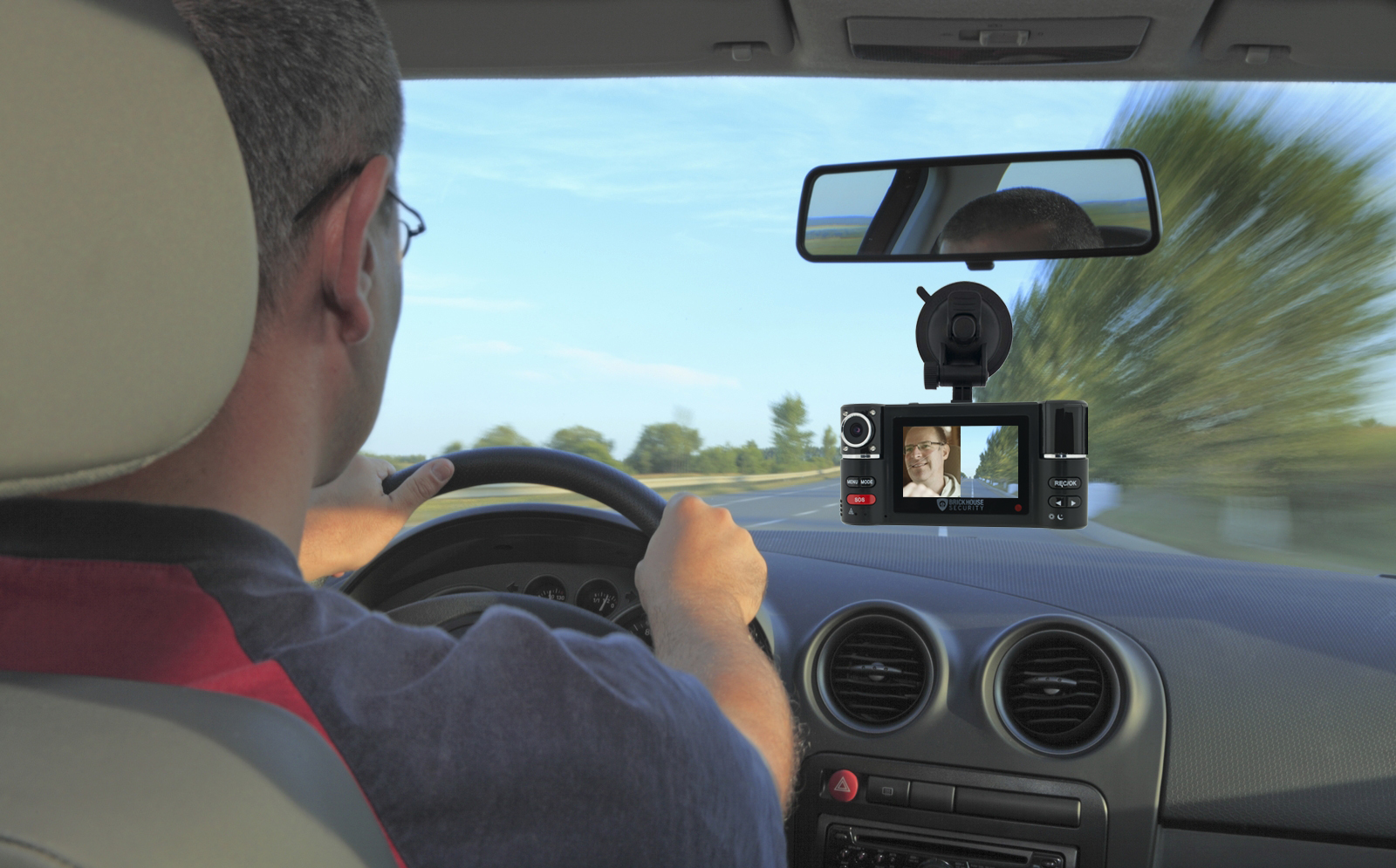 1stant-T N°15: Dashcam, Neutralité du net, The Impactory, Technoport,…
